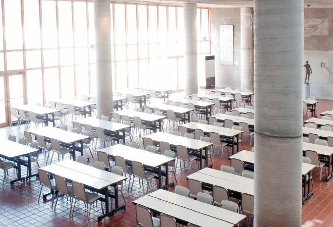 生徒ホール(食堂)の画像